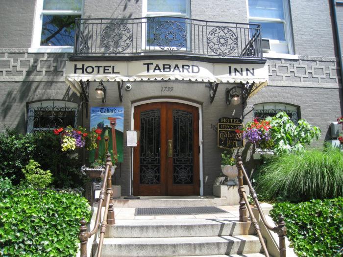 3. Tabard Inn Restaurant