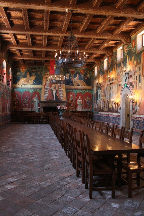 The dining hall is just exquisite with woodwork and stonework features. They were created by period- appropriate tools for authenticity.