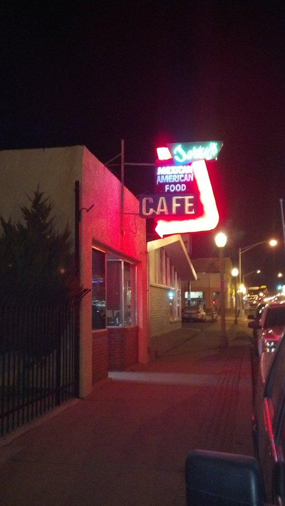 5. Jerry's Café, 406 W Coal Avenue, Gallup