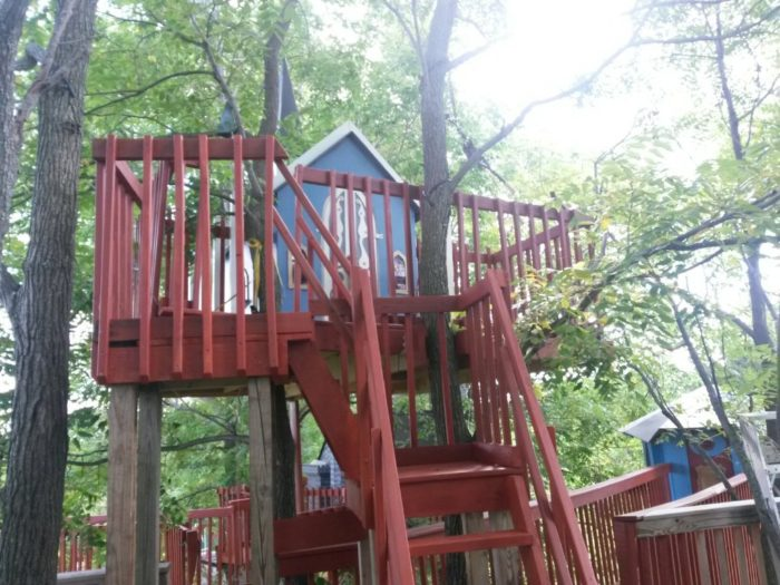 One of the ways that Tree Creations has been able to grow in size is by receiving treehouses from another New York resident.