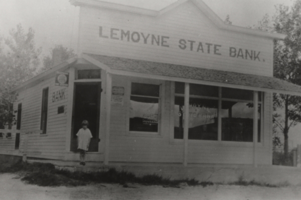 Lemoyne boasted a stockyards, a general store, a hotel, a barbershop, a school, and a bank. By the 1920s, the population had grown to about 200.