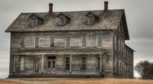 This Spooky Small Town In Michigan Could Be Right Out Of A Horror Movie