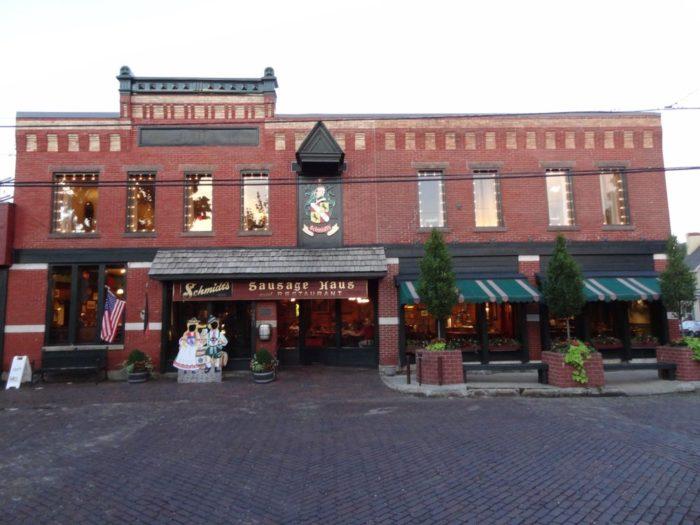 7. Schmidt's Sausage Haus und Restaurant (Columbus)
