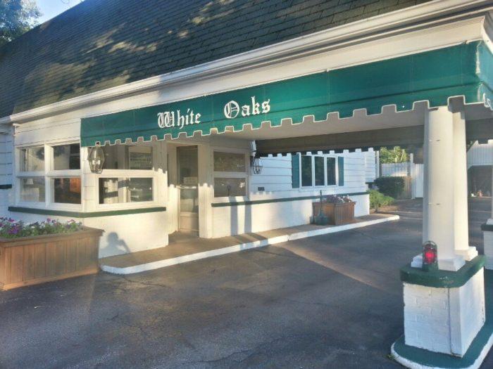 9. White Oaks Restaurant (Westlake)