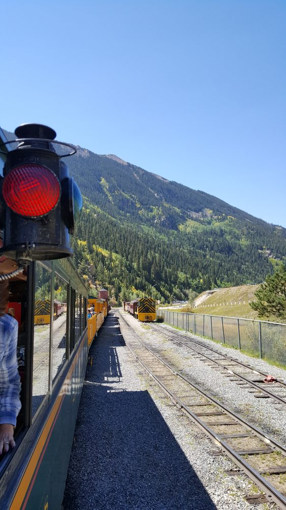 In 1938, the last commercial line ran from Denver to Silver Plume, leading to the dismantlement of the Georgetown Loop.