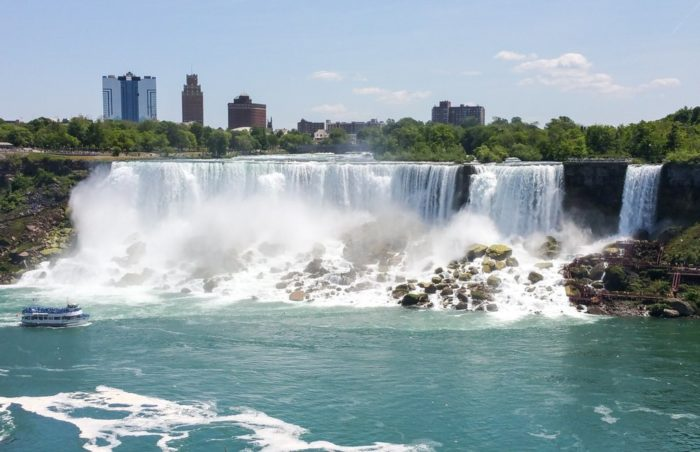 One of New York's largest and most powerful natural wonders, the American Falls help draw in roughly ten million visitors to the city each year.