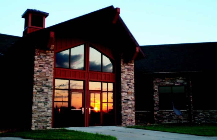 One of the most popular places to visit along the way is the Crane Trust Nature & Visitor Center.