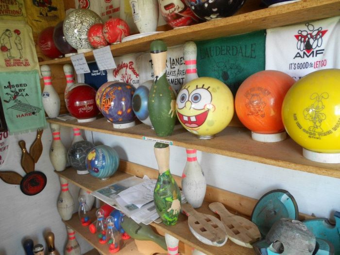 "Bowling Ball Yard Art accepts donations and if you would like to donate any bowling balls, Mr. Barbee say,s, ""kick 'em out in the yard - I'll find 'em!!"""