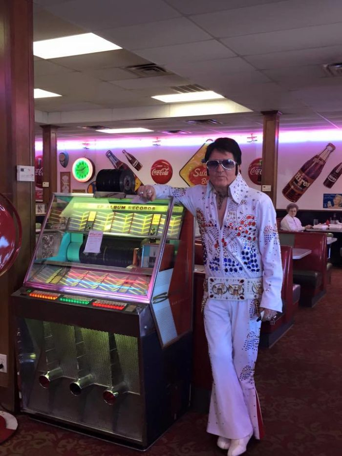 You never know who you'll see at Sherri's Diner. Even Elvis has been spotted dining at this retro diner.