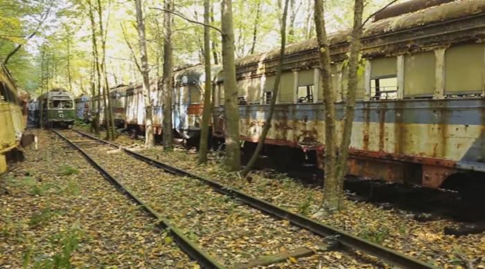 pa-train-graveyard-10