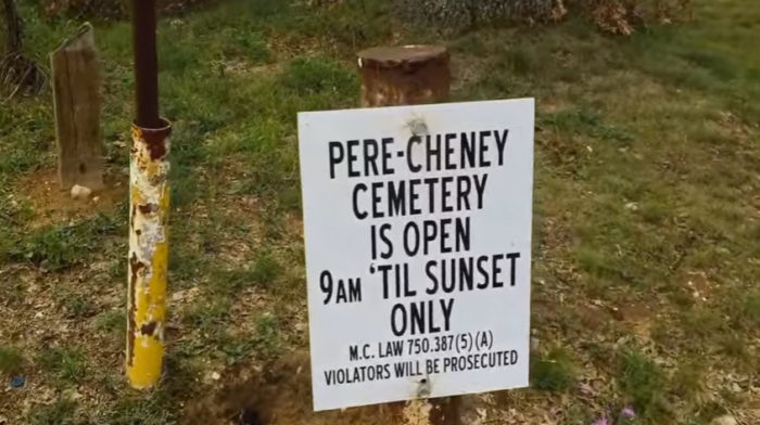 pere-cheney-cemetery3