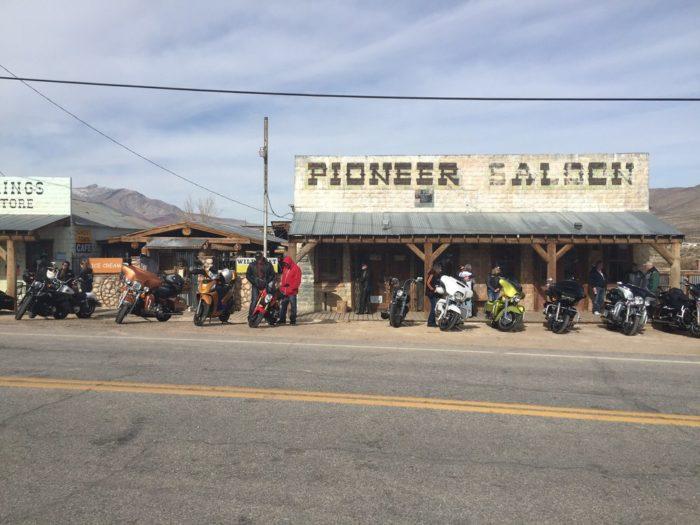 3. 1913: Pioneer Saloon