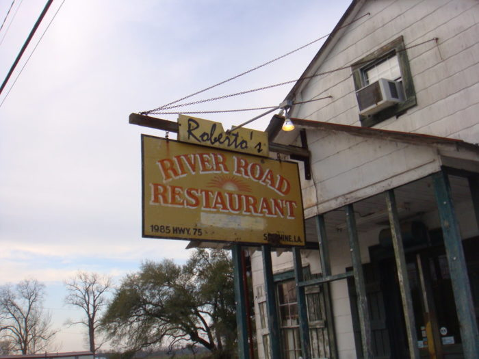 11. Roberto's River Road Restaurant, 1985 Highway 75, Sunshine