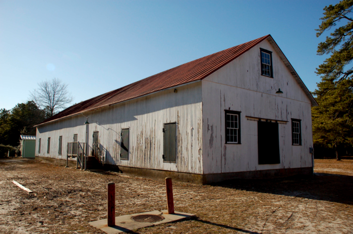 You'll also find an estate home, agricultural museum, cranberry substation, art museum and general store.