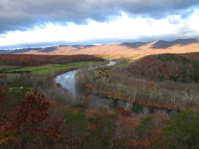 6. Shenandoah River State Park