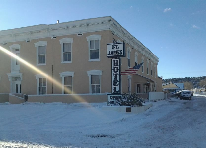The history behind st james new mexico 39 s most haunted hotel for Pennsylvania hotel new york haunted