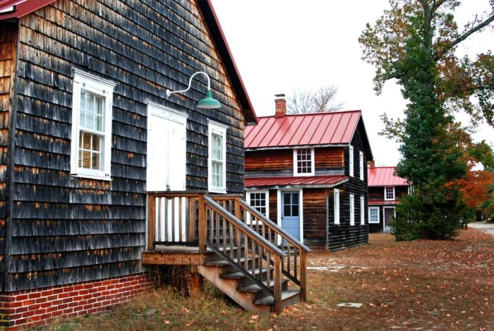 The autumn activities really make this destination stand out. Head to Whitesbog on October 1st for a guided tour or October 2nd for an interactive cranberry harvest workshop.