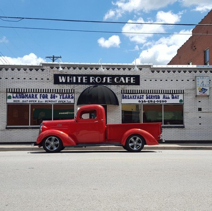 2. White Rose Cafe - Union