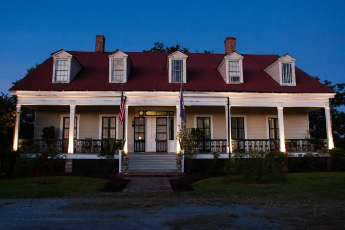 Eventually you'll reach the Woodland Plantation, another awesome B&B along the way.
