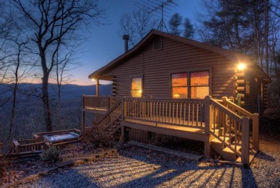 4. Mountain Log Cabin—Ellijay, Georgia