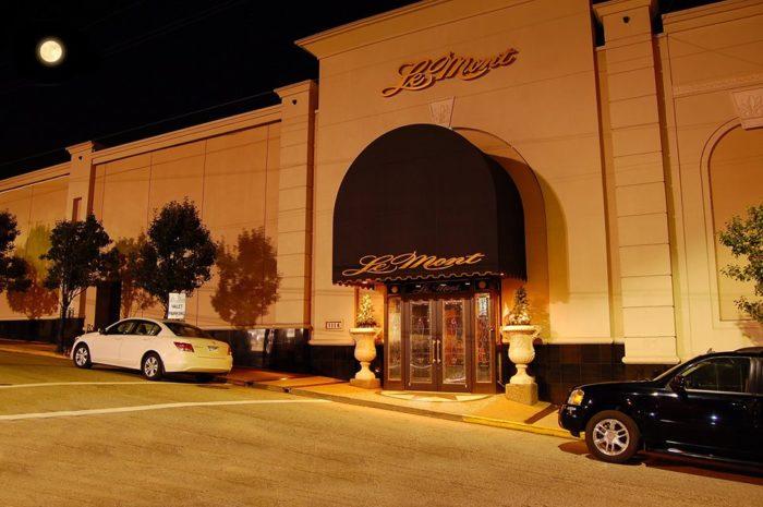 1. LeMont Restaurant – 1114 Grandview Avenue