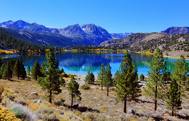 The June Lake Loop is beautiful during any season, but fall is an amazing time to visit this epic 22 mile route.