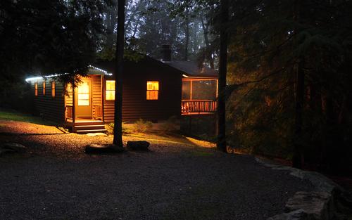 1. Black Bear Cabins – Cooksburg