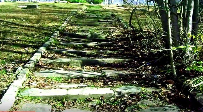 2. 100 Step Cemetery - Brazil