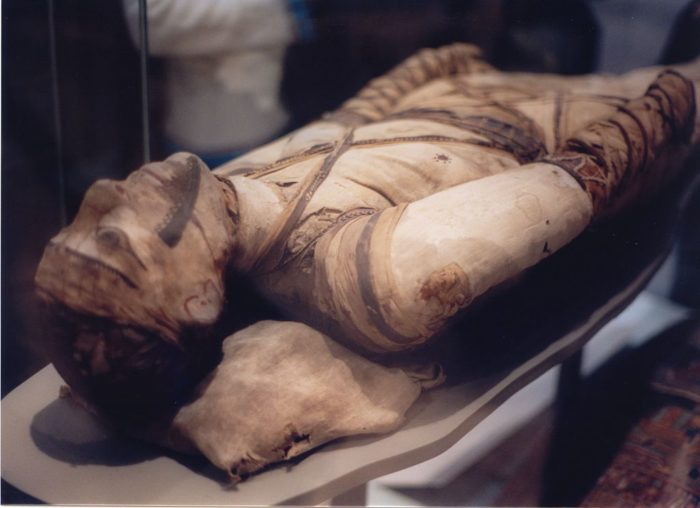 Grave of a mummy, Middlebury.