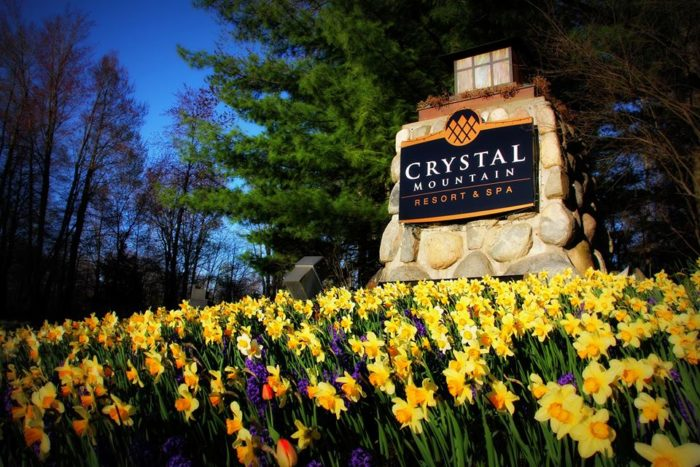 Whether you're looking for a romantic getaway, a fun-filled family weekend, or a solo retreat to help you unwind, Crystal Mountain won't disappoint. You'll absolutely fall in love with this unique Michigan destination.