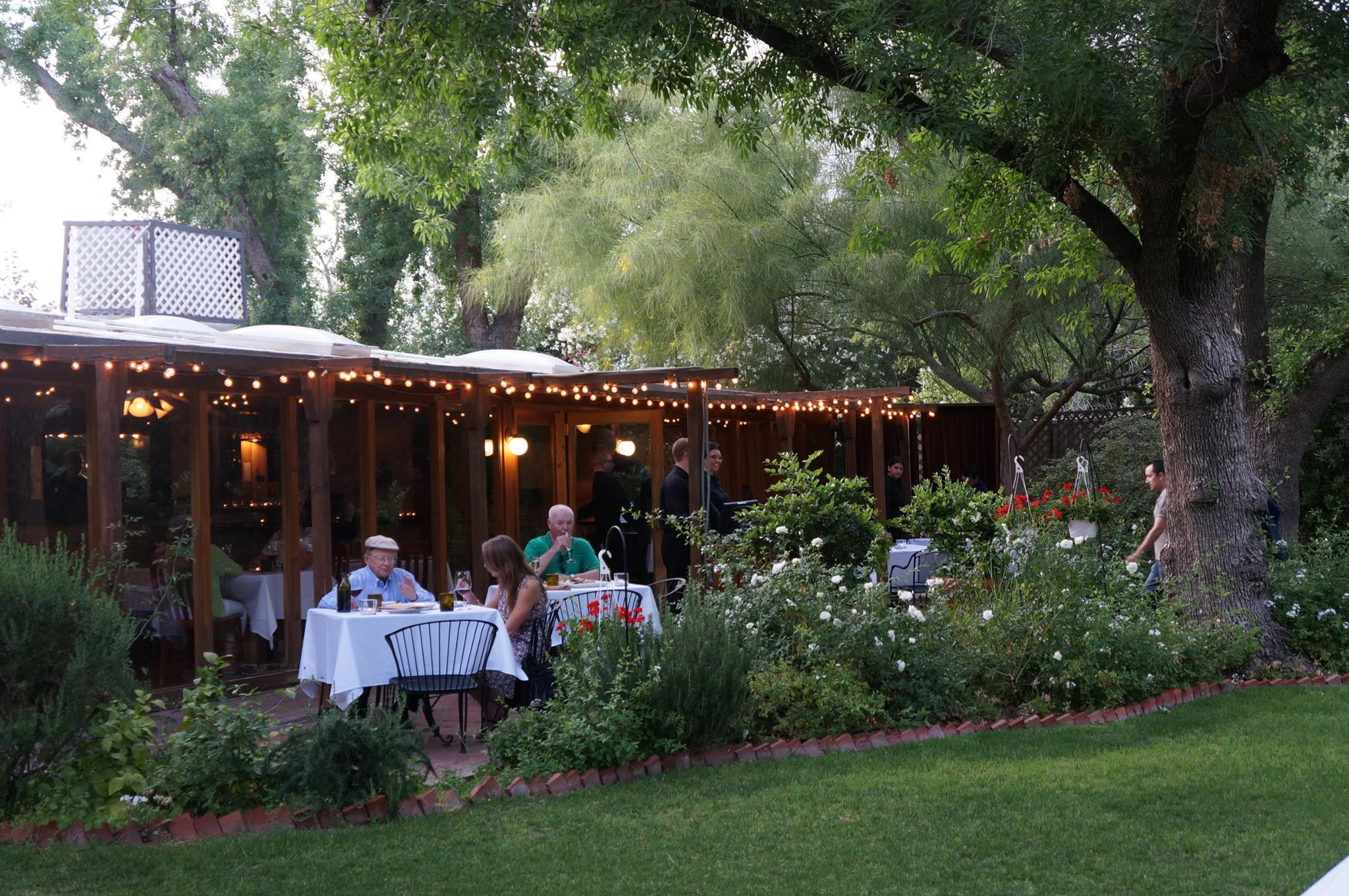 Visit The Farm At South Mountain For Farm To Table Dining