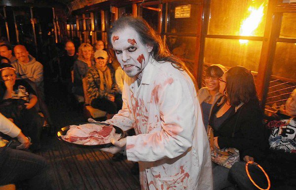 The staff (and some visitors) dress up to get you in the mood for a good scare.