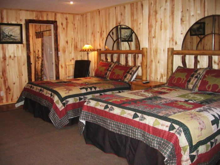 Guests may also stay at the motel or cabins.