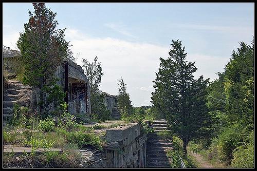 2. Fort Wetherill, Jamestown
