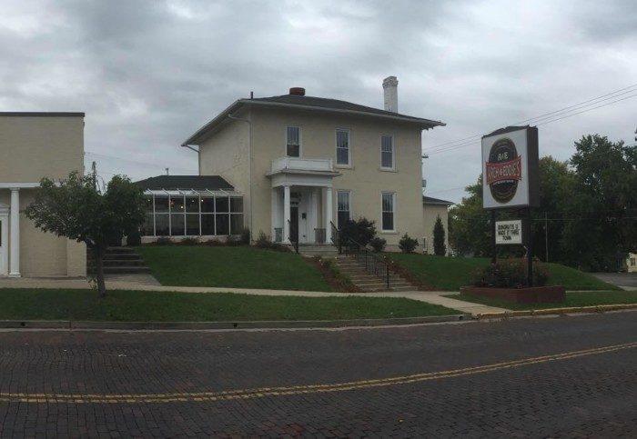 2. Arch & Eddie's (Jackson)
