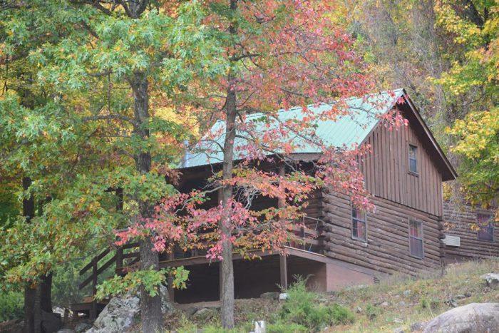 8. Horseshoe Canyon Guest  Ranch (Jasper)