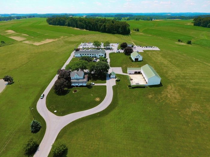 This farm covers an area of 200 acres, and the surroundings are a beautiful sight.
