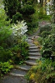 Portlands Leach Botanical Gardens Is Like A Dream