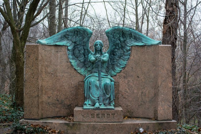 7. Lake View Cemetery (Cleveland)