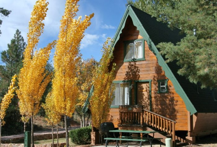 4. Cabins on Strawberry Hill, Strawberry