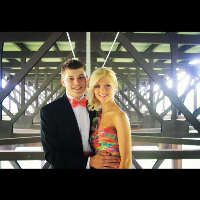 One young couple even got their prom pictures on the bridge.