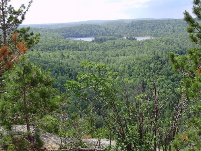 4. Tettegouche Lake Overlook Trail - 1.7 miles