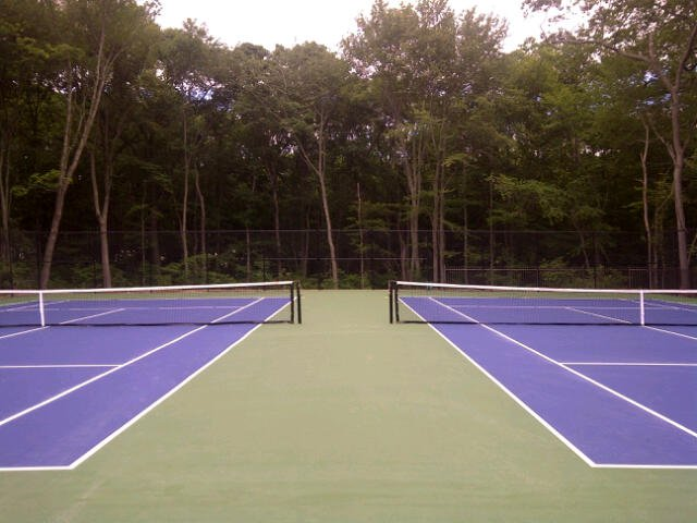 But the real reason this place stands out is because it offers so many amenities! You can play a game of tennis without having to sacrifice the relaxing natural surroundings before heading inside to the award winning on-site restaurant.