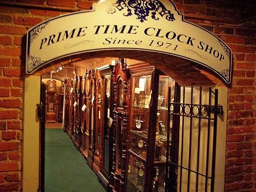 crown point clocks