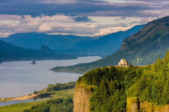 2. Columbia River Gorge National Scenic Area