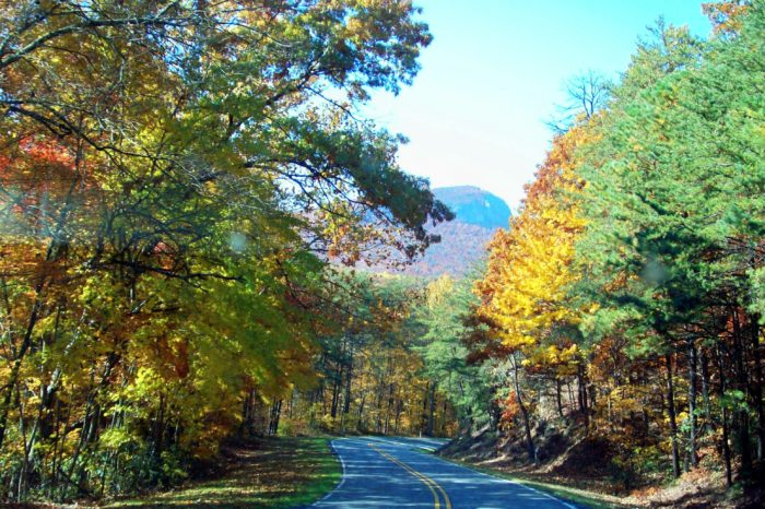 3. Hanging Rock Scenic Byway