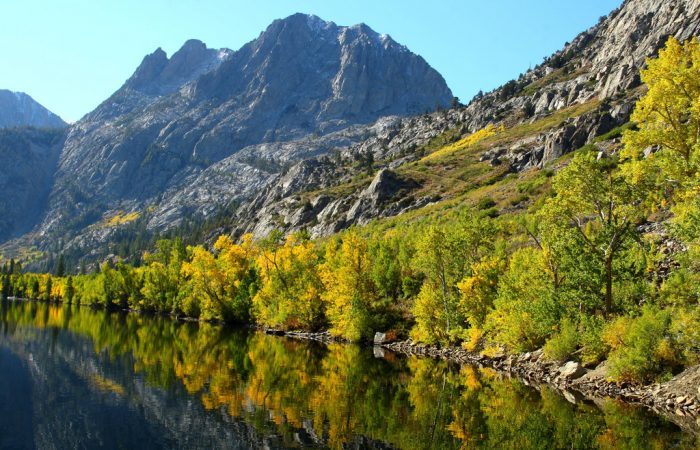 The June Lake Loop is in the Eastern Sierra, an area shaped by glaciers that formed jagged, drastic peaks.