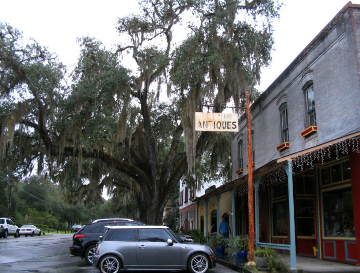 Micanopy is also famous for its selection of antiques, and you could spend many hours hunting for treasures in the historic downtown district, covered by shady oak trees.