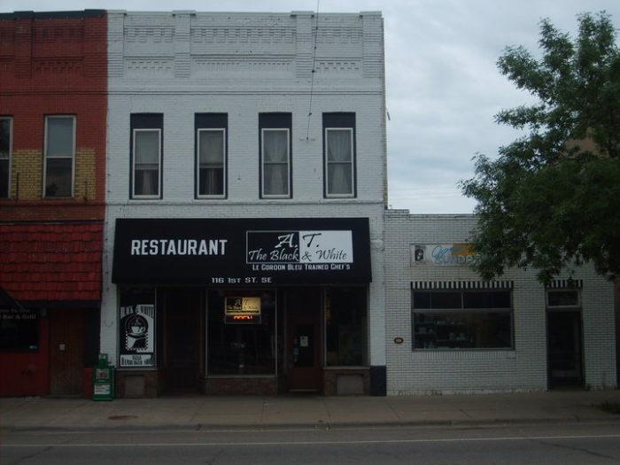 Best Restaurant In Little Falls Mn