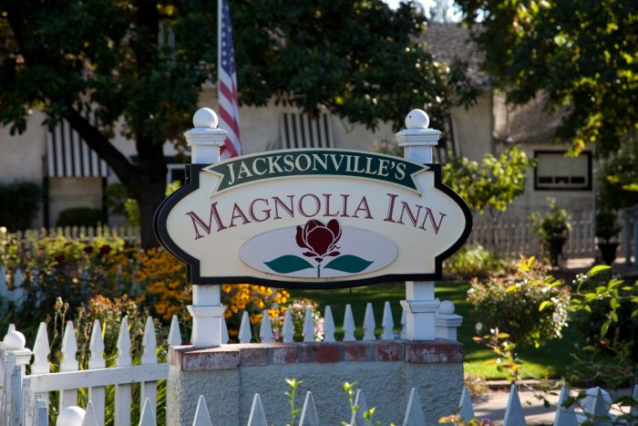 The town is also home to many wonderful inns and B&Bs where you can stay the night. There's the Jacksonville Inn, Touvelle House Bed and Breakfast, Magnolia Inn, and more.